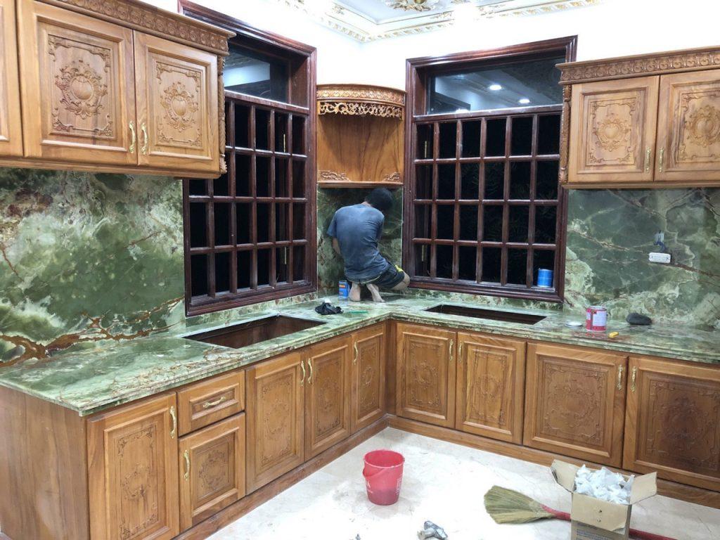 Ốp đá hoa cương nhà bếp